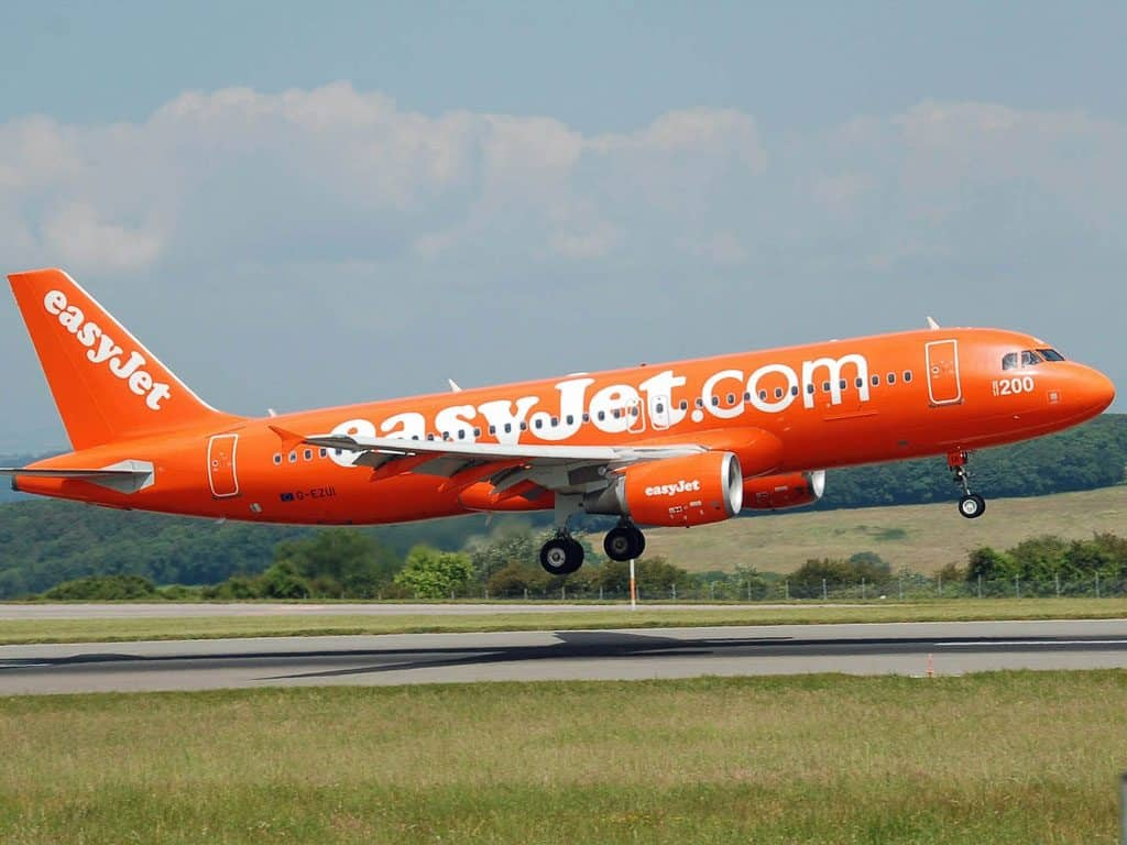 EasyJet offers private jet terminal experience