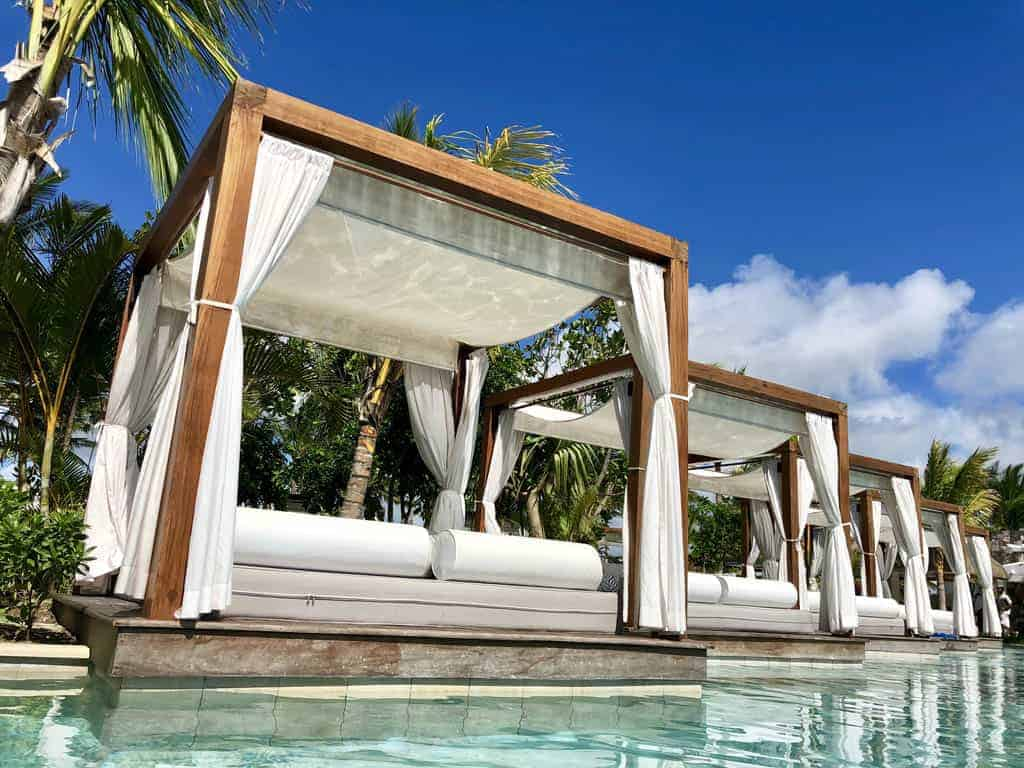 One&Only Le Saint Geran Palm Groove pool