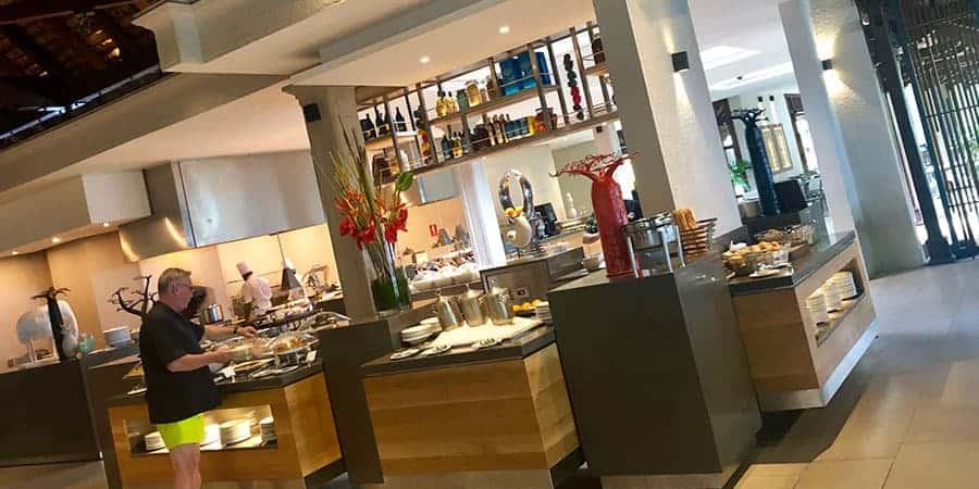Brabant restaurant buffet Beachcomber Paradis Mauritius