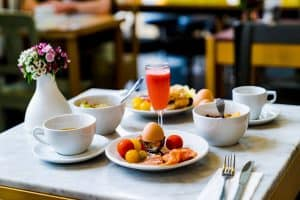 Corporate-Hotel-Rates-Travel-Management-Company-How-to-get-breakfast-included