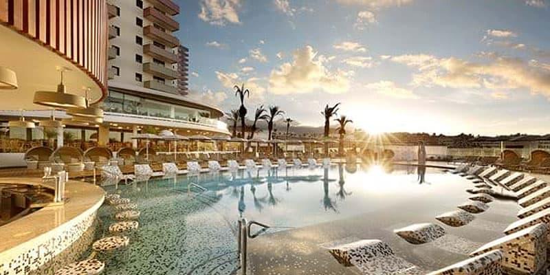 Hard-Rock-Hotel-Tenerife5