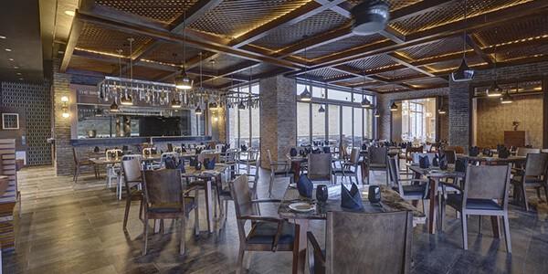 1130539-15-hotel_carousel_large