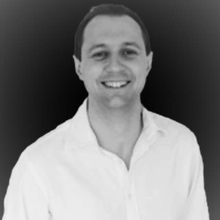 Chris Lewis - Founder of Travelogix