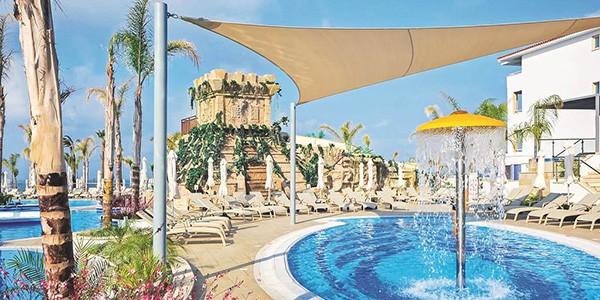 PFO_72162_Olympic_Lagoon_RST_Paphos_0815_06
