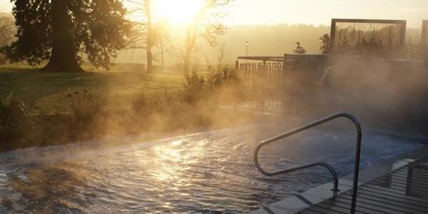 amy-spa-garden2-2000-1250_1