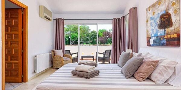 golf-villa-rentals-costa-del-sol-9588-4-1030x685