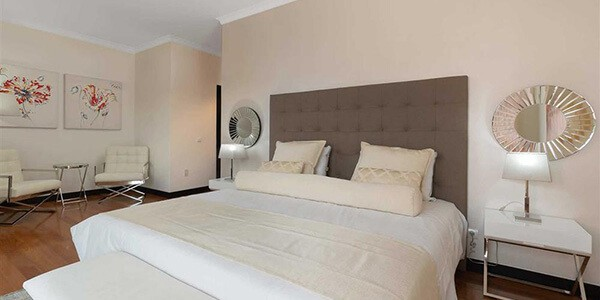villa-liliana-funchal-madeira-double-bedroom-4