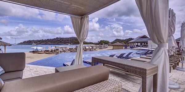 1130539-9-hotel_carousel_large