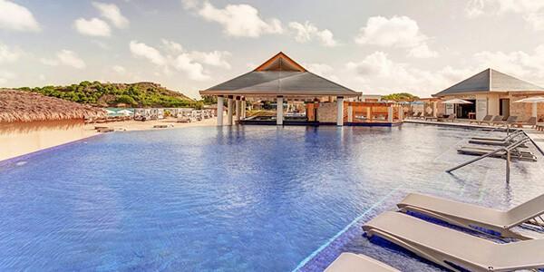 Royalton_Antigua_Beach_Hi_Res_001