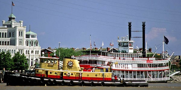 new-orleans-tugboat-and-steamboat-c-rnowitz