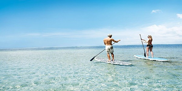 stand-up-paddle-things-to-do-mauriius-for-couples