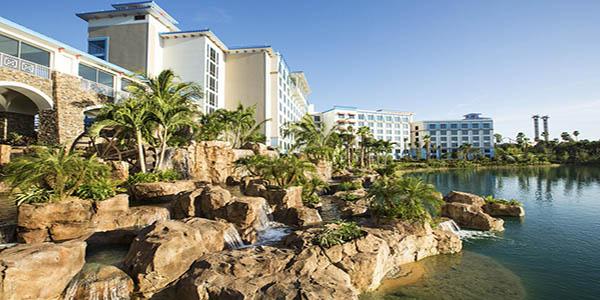 772988-15-hotel_carousel_large
