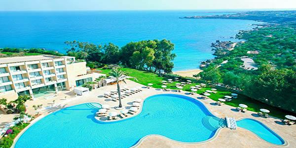 LCA_70522_Grecian_Park_Hotel_0120_02