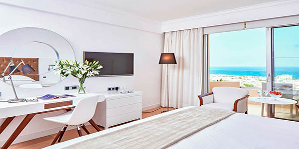 LCA_70522_Grecian_Park_Hotel_0120_06