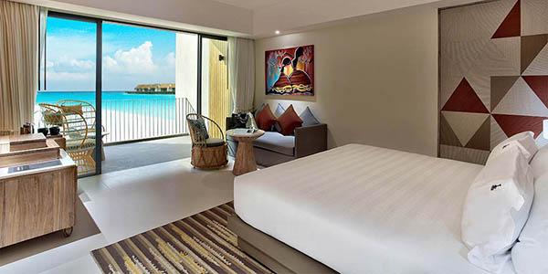 hard-rock-hotel-maldives-Sliver-Sky-Studio
