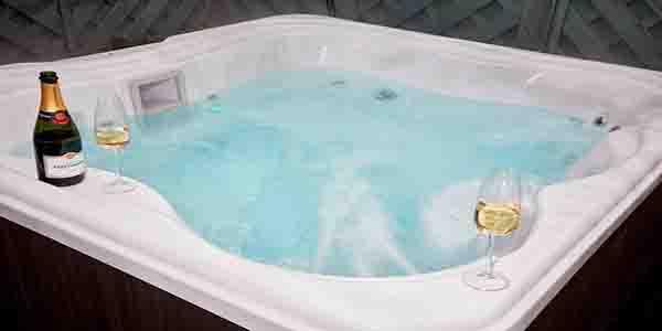 troutbeck-lodge-hot-tub